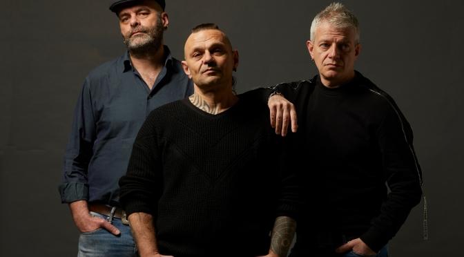 """99 Posse: È uscito il nuovo singolo """"Comanda la gang"""""""